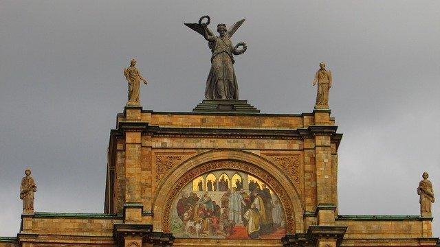 Goddess Of Victory Greek Nike Greek Gods Figures